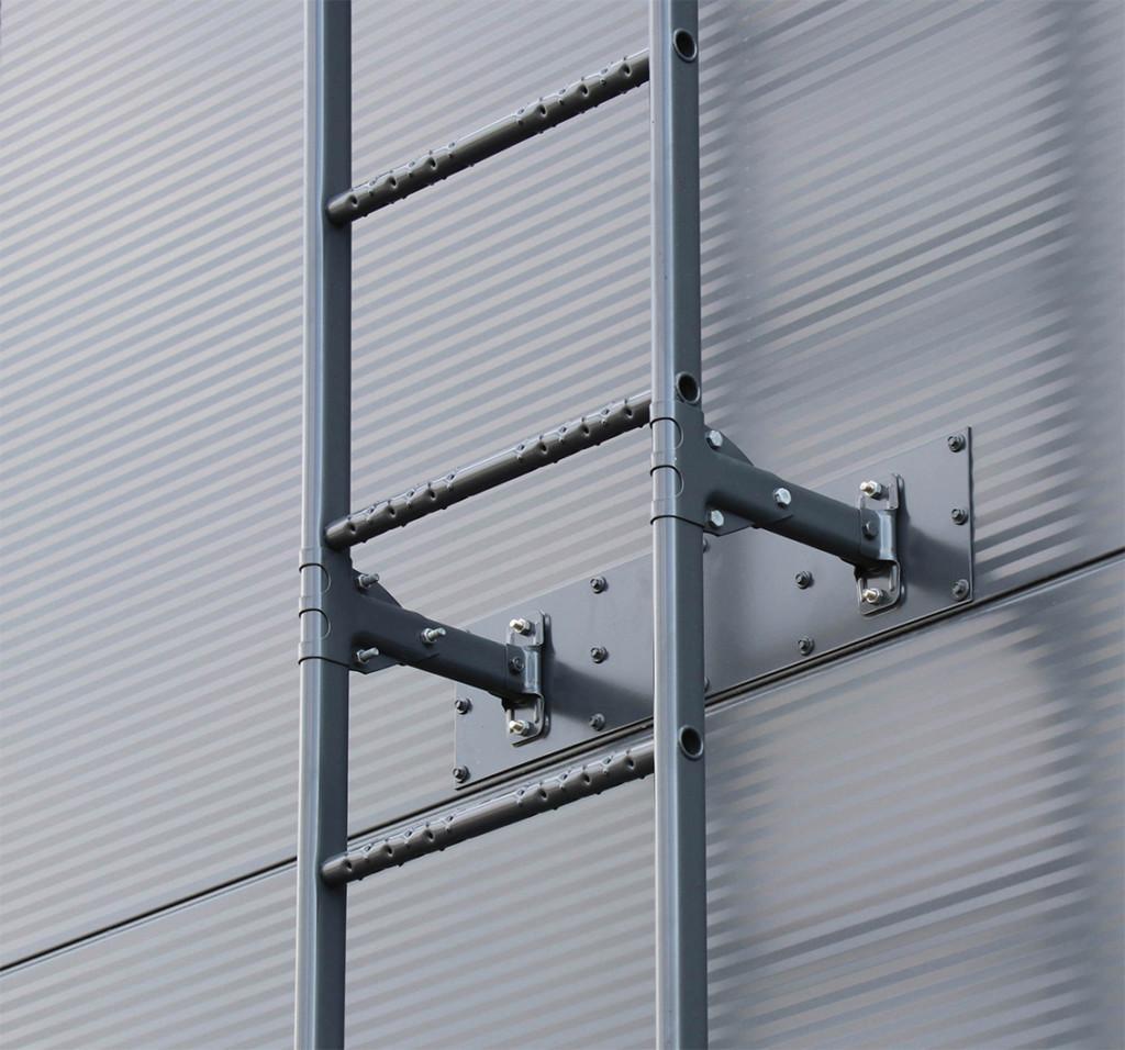 Paneelikiinnikkeiden avulla kiinnität seinätikkaat helposti esim. sandwich-elementteihin