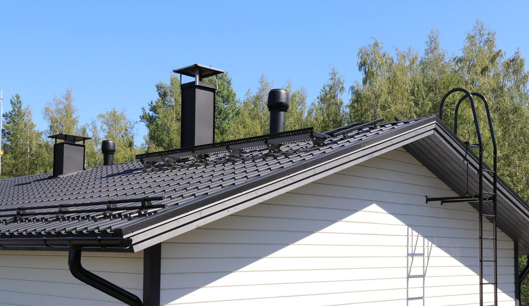 Valitse pisko seinätikas, kattotikas ja kattosilta niin turvaat kulkusi katolla.